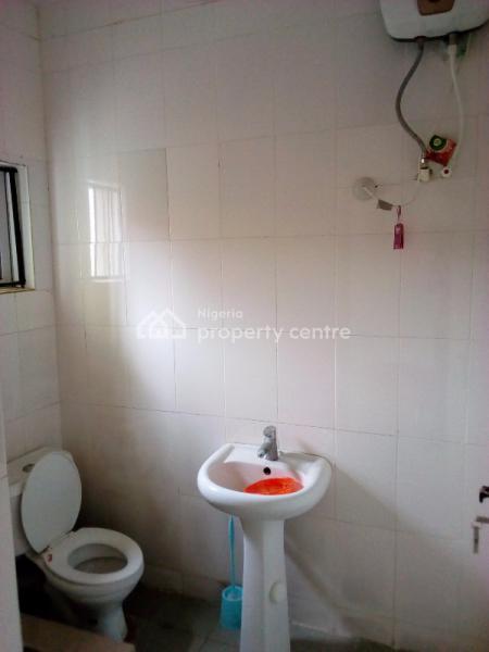 Decent 2 Bedroom Flat, United Estate, Sangotedo, Ajah, Lagos, Flat for Rent
