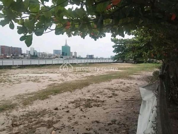 Waterfront 5106 Sqm with Building Approval for Highrise Structure, on Queens Drive, Ikoyi, Lagos, Mixed-use Land for Sale