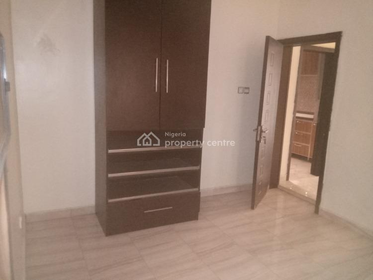 a Standard Flat, 5 Street Estate, Osapa, Lekki, Lagos, Self Contained (single Rooms) for Rent