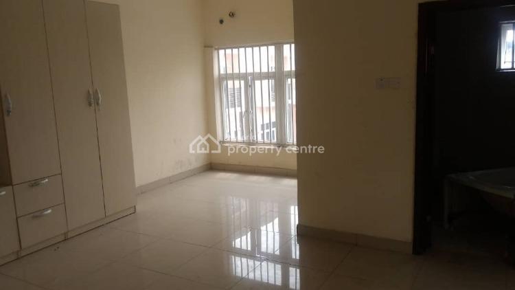 4 Bedroom Terraced Duplex with a Room Bq, Osapa, Lekki, Lagos, Terraced Duplex for Rent