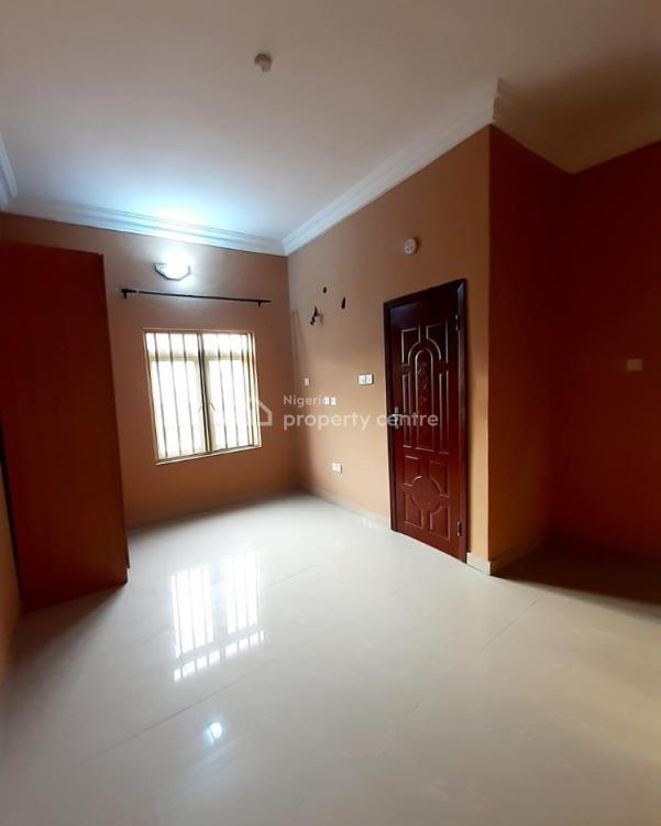 For Rent: 2 Bedroom Apartment, Lekki County, Lekki, Lagos