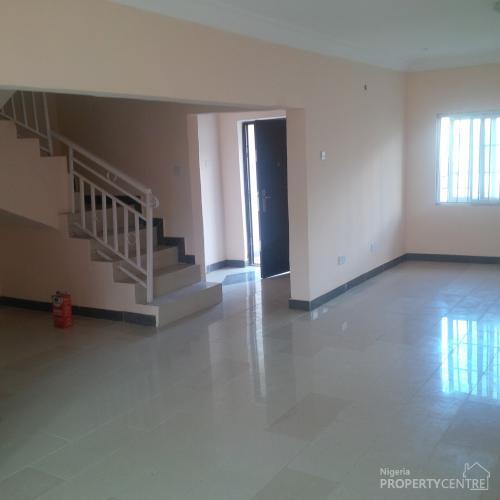 3 Bedroom Townhomes For Rent: For Rent: Lovely 3 Bedroom Terraced Duplex With Ac @ Lekki