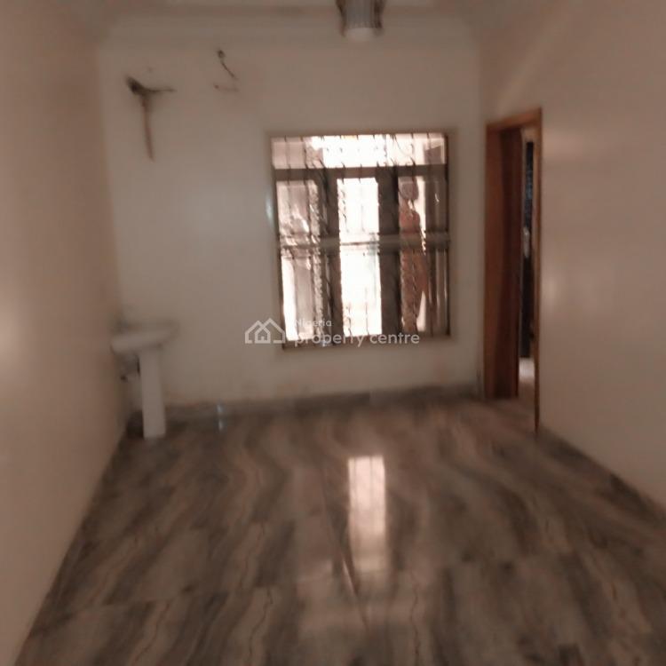 3 Bedroom Flat, Pinnock/shoprite Road, Osapa, Lekki, Lagos, Flat for Rent