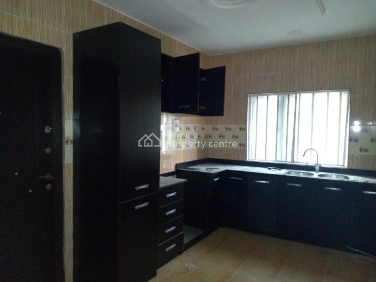 Clean 3 Bedroom Apartment, Off Ibrahim Eletu Street., Osapa, Lekki, Lagos, Flat for Rent