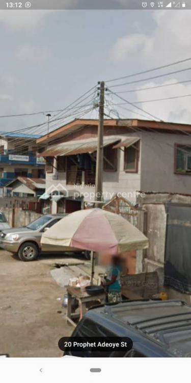 Old 4 Bedroom Flat with Bq, 22 Prophet Adeayo Street, Ijeshatedo, Surulere, Lagos, Flat for Sale