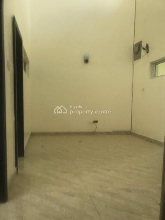 4bedroom Terrace Duplex in a Fully Serviced Estate, Chevron Drive, Lekki, Lagos, House for Rent