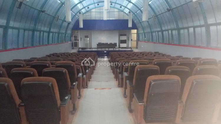 250 Capacity Conference Hall, Idowu Taylor (church Gate), Victoria Island Extension, Victoria Island (vi), Lagos, Conference / Meeting / Training Room for Rent