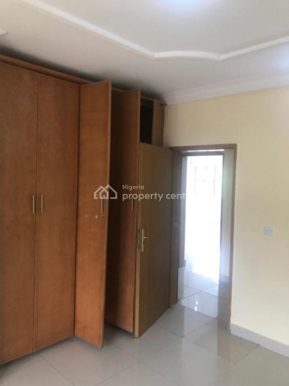 3 Bedrooms Flat with 1rm Bq + Powered Generator, Parkview, Ikoyi, Lagos, Flat for Rent