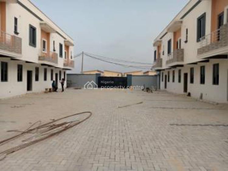 Top Notch 3 Bedroom Terrace Duplex, By 2nd Toll Gate, Chevron., Lekki Phase 2, Lekki, Lagos, Terraced Duplex for Sale