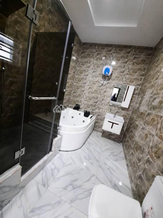 5 Bedroom Fully Detached Duplex with a Spacious Compound, Chevron, Lekki, Lagos, Detached Duplex for Sale