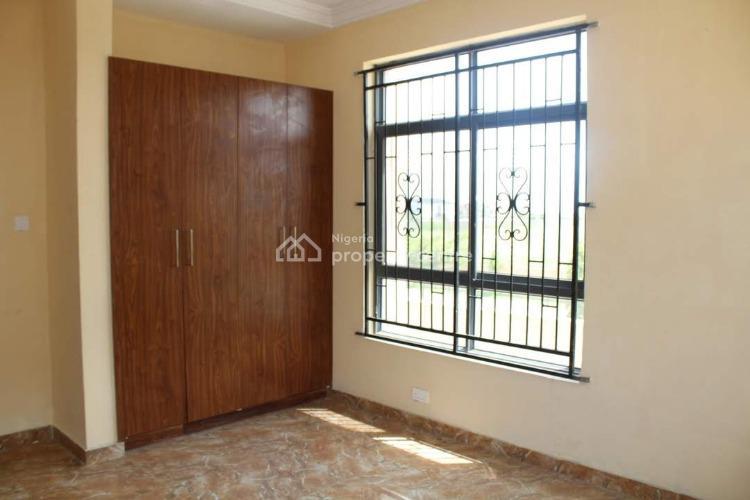 24 Hours Powered Estate Ensuite Terraced Duplex, Shoprite Road, Osapa, Lekki, Lagos, Terraced Duplex for Rent