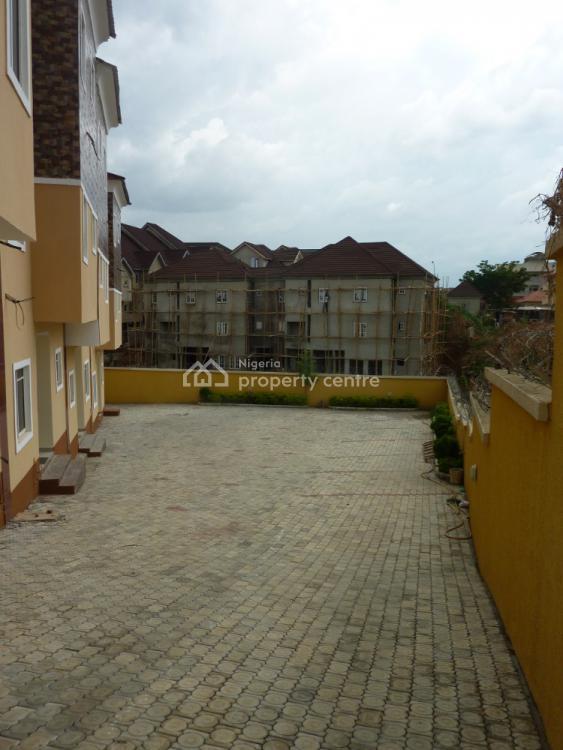 4 Bedroom Terrace, Franca Afegbua Crescent, Gudu, Abuja, Terraced Duplex for Rent