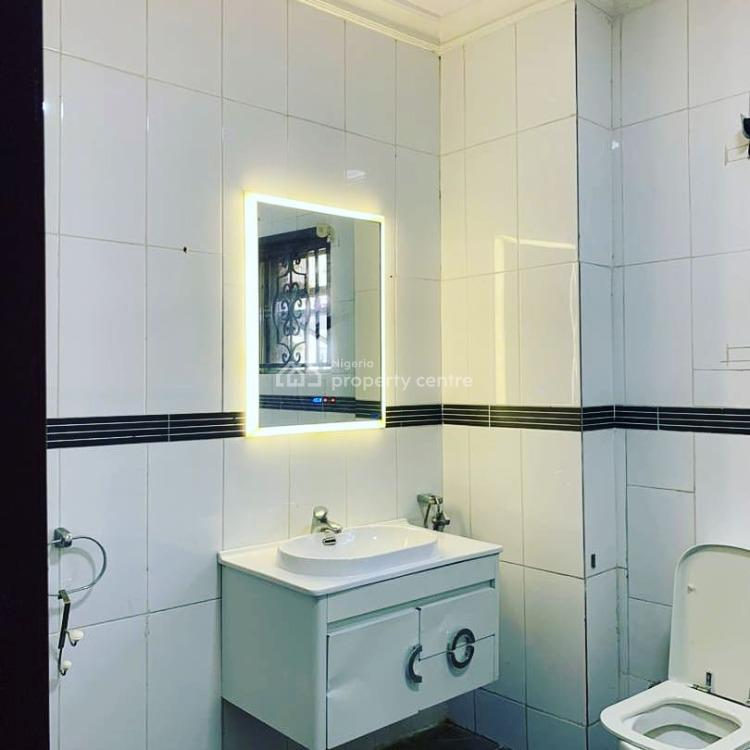 Luxury One Bedroom Mini Flat with Big Bedroom and Parlour, Off Admiralty Way., Lekki Phase 1, Lekki, Lagos, Mini Flat for Rent