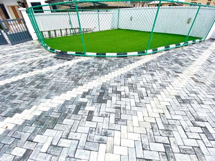 Four Bedroom Semi Detached Duplex with Bq, Lafiaji, Lekki, Lagos, Semi-detached Duplex for Sale