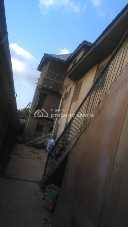 Large Building Good for Residential, Hospital, School., Behind Wema Bank, New Ife Road., Alakia, Ibadan, Oyo, House for Sale