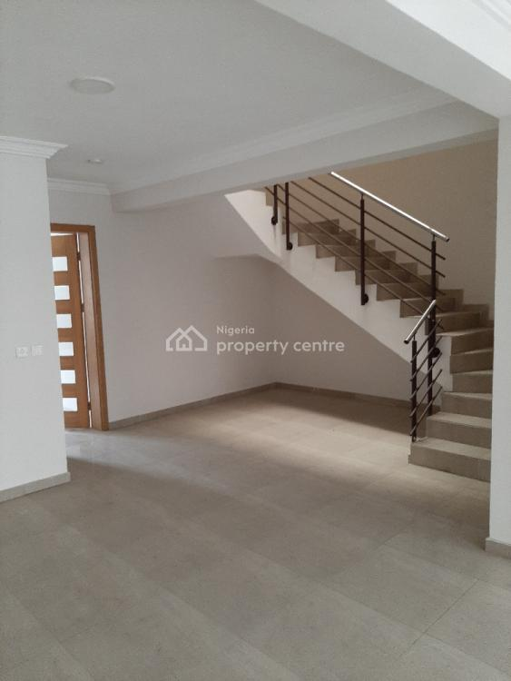 Serviced 4 Bedroom Terraced with Maids Room in an Estate, Lekki Phase 1, Lekki, Lagos, Terraced Duplex for Rent