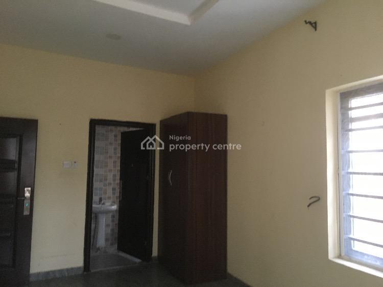 Luxury 2 Bedrooms Flat, Olowoira, Omole Phase 2, Ikeja, Lagos, Flat for Rent