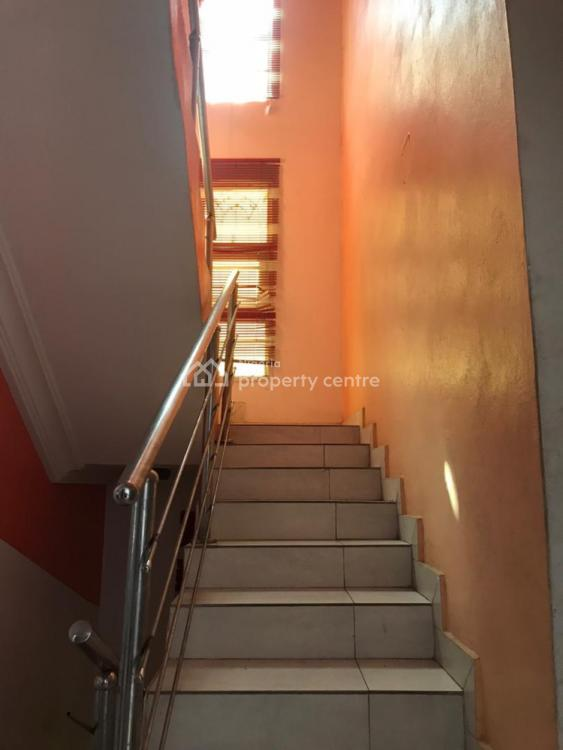3 Bedrooms Available  in a Shared a Duplex on Two Floors, Lekki County, Ikota, Lekki, Lagos, Detached Duplex for Rent