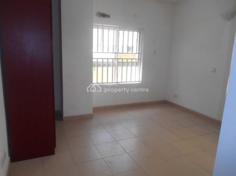 4 Bedroom Semi-detached Duplex, Bourdillon Court, Chevron Drive, Lekki, Lagos, Semi-detached Duplex for Sale