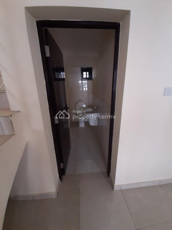 4 Bedroom Terrce Duplex, Lafiaji, Orchide Hotel Road By Second Toll Gate, Lekki Phase 2, Lekki, Lagos, Terraced Duplex for Sale