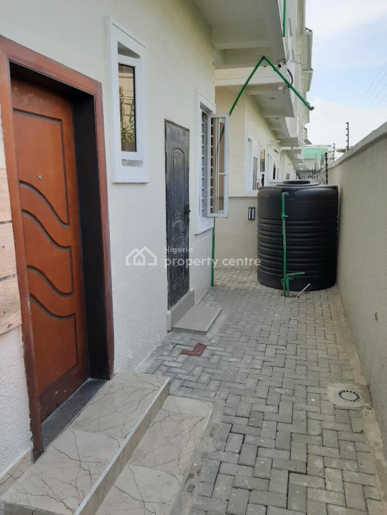 4 Bedroom Semi-detached Duplex with One En-suite Bq, Chevron, Lekki, Lagos, Semi-detached Duplex for Rent