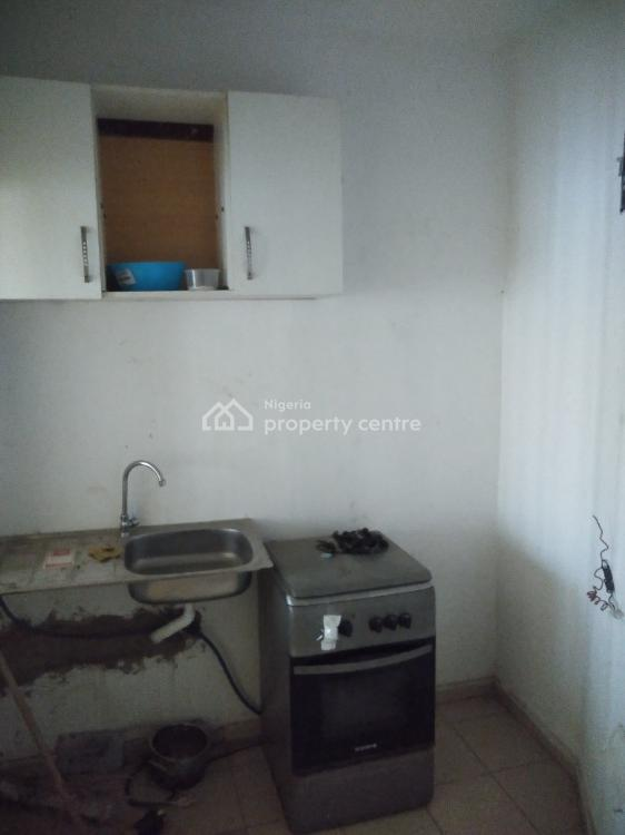 2 Rooms Apartment with Central Generator., Off Ty Danjuma Street., Asokoro District, Abuja, Mini Flat for Rent