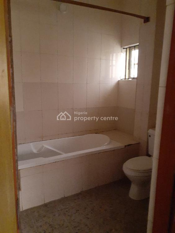 Very Neat Two Bedroom Flat in a Spacious Compound Within an Estate, Off Freedom Way, Lekki Phase 1, Lekki, Lagos, Flat for Rent