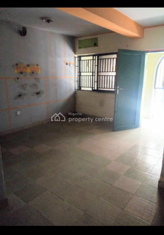 Modern 3 Bedroom Apartment, Near Imota Plaza, Ifako, Gbagada, Lagos, Flat for Rent
