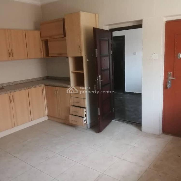 3 Bedroom Penthouse, Tina Johnson Street, Ilaje, Ajah, Lagos, Terraced Bungalow for Rent