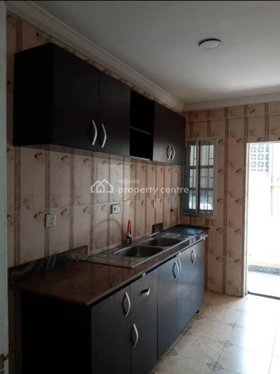 Executive 4 Bedroom Flat, Onike, Yaba, Lagos, Flat for Rent