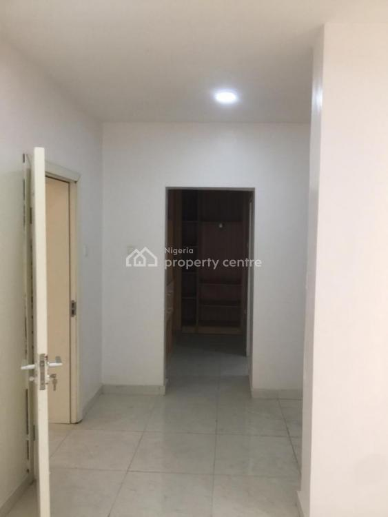 Exquisite 3 Bedrooms Town House with a Bq, Chevron, Lekki Phase 2, Lekki, Lagos, House for Sale
