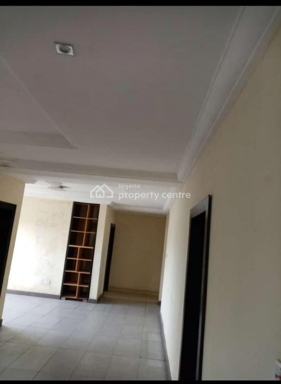 3 Bedroom Flat Apartment, Yaba, Lagos, House for Rent