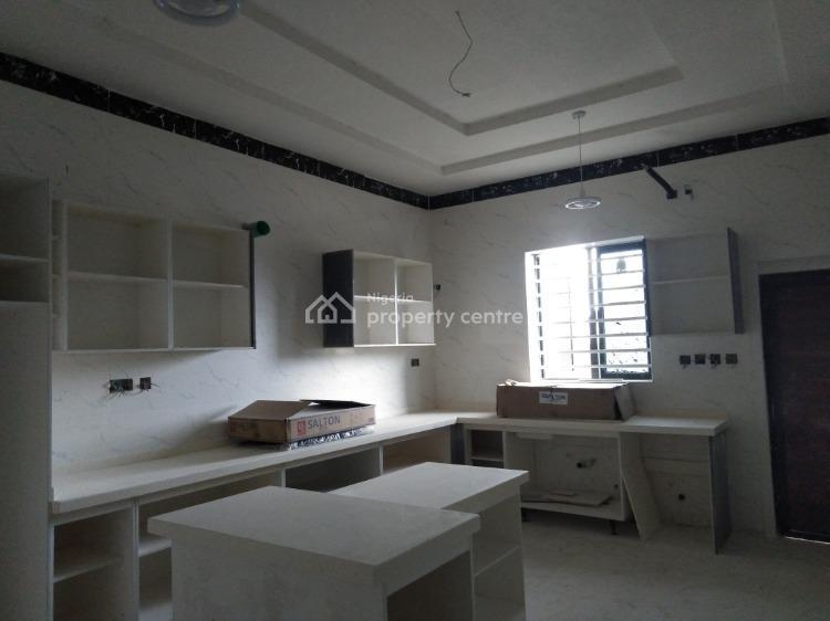 Fully Service 5 Bedrooms Detached House, Off Chevron Drive, Lekki, Lagos, Detached Duplex for Sale