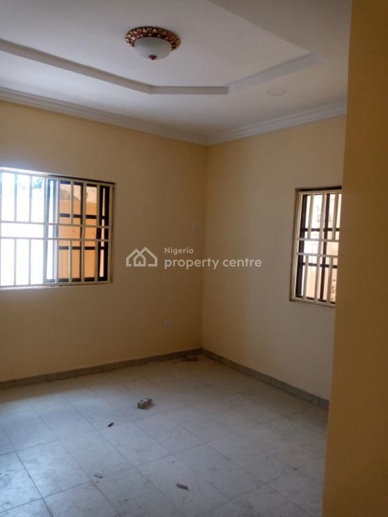 2 Bedroom Flat, Third Avenue Gwarinpa Estate, Gwarinpa, Abuja, Flat for Rent