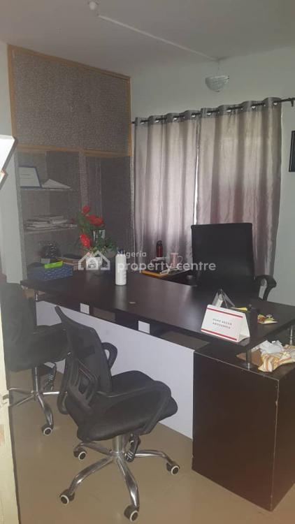 4 Bedroom Flat, Mende, Maryland, Lagos, Flat for Rent