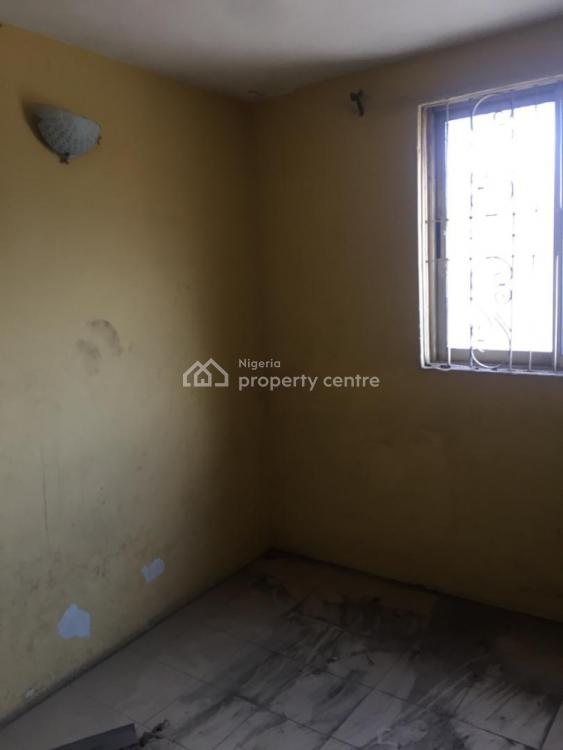 6 Nos of 3 Bedroom Flats with C of O, Ogunlana, Surulere, Lagos, Flat for Sale