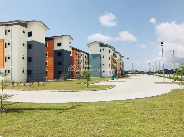 Luxury 2 Bedroom Apartment, Lekki Expressway, Lekki, Lagos, Block of Flats for Sale