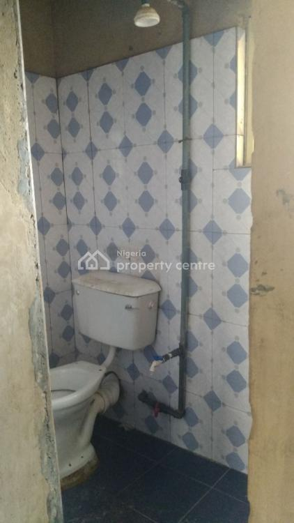 Very Spacious Room Self Contained, Upstairs, Abule Ijesha, Yaba, Lagos, Self Contained (single Rooms) for Rent