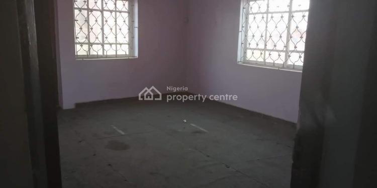 2 Bedroom, Adepitan Off Ilewa Alapere, Alapere, Ketu, Lagos, Flat for Rent