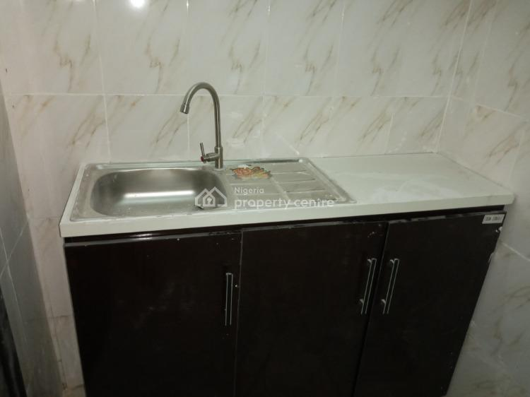 a Fully Serviced Room Self Contained, Onike, Yaba, Lagos, Self Contained (single Rooms) for Rent