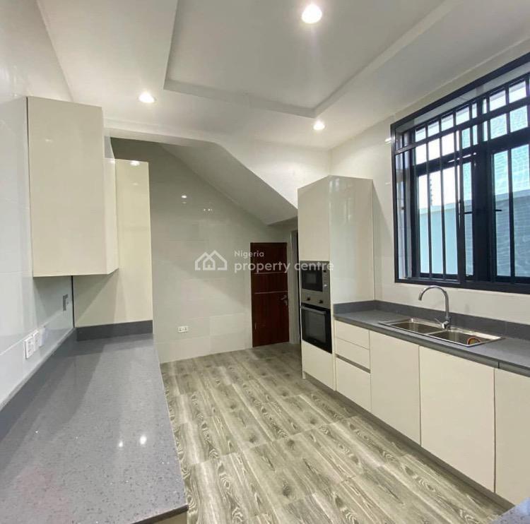 Serviced 5 Bedroom Terrace Duplex with Bq, Lekki Phase 1, Lekki, Lagos, Terraced Duplex for Sale