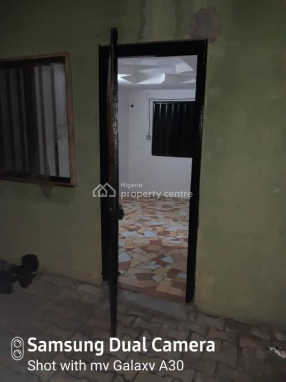 Self Contain in Vgc, Road 3 Vgc Estate, Lekki Phase 1, Lekki, Lagos, Self Contained (single Rooms) for Rent