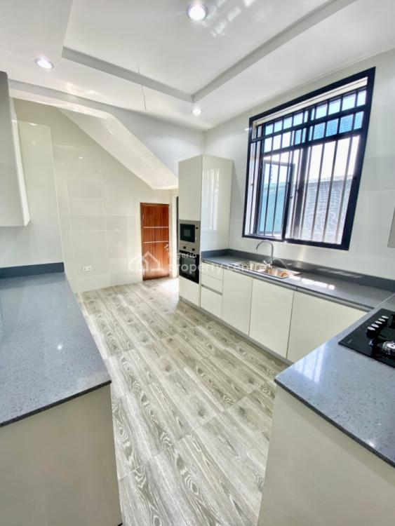 Newly Built 5 Bedroom Townhouse Within a Serviced Estate, Lekki Phase 1, Lekki, Lagos, House for Sale