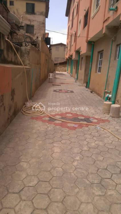 Nicely Built Studio Apartment, Ebute Metta West, Yaba, Lagos, Self Contained (single Rooms) for Rent