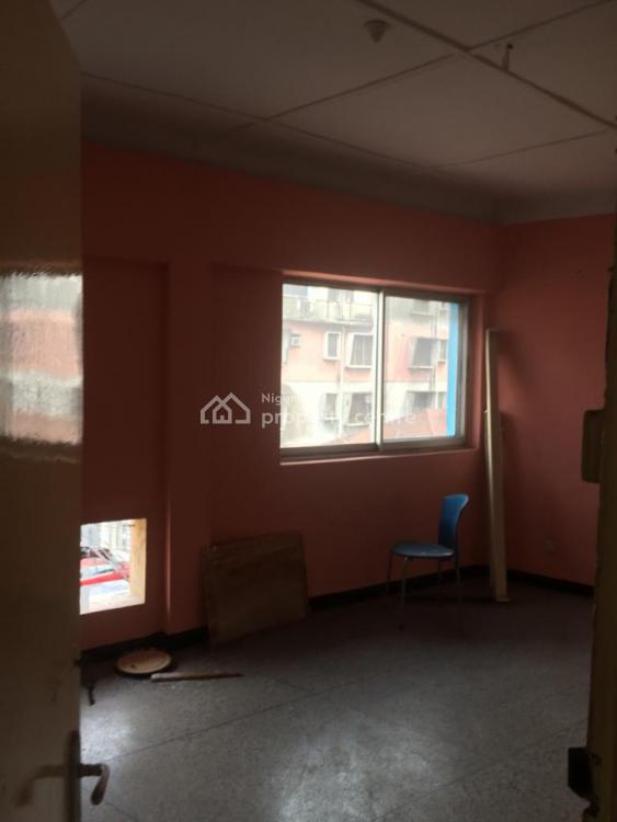4 Floors Office Space Building Measuring 400sqm, Off Moloney Street, Onikan, Lagos Island, Lagos, Office Space for Rent