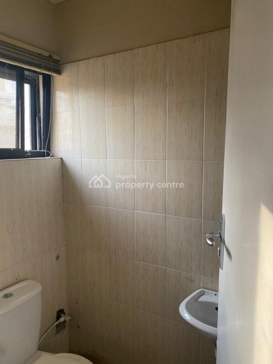 Miniflat Bq, Lekki Phase 1, Lekki, Lagos, Self Contained (single Rooms) for Rent