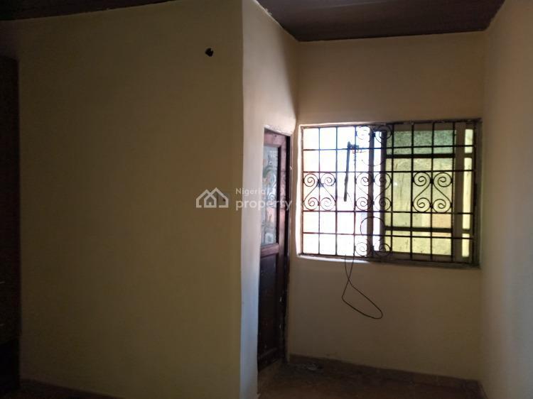 Massive 3 Bedroom Apartment (upstairs), Ologolo, Lekki, Lagos, Flat for Rent