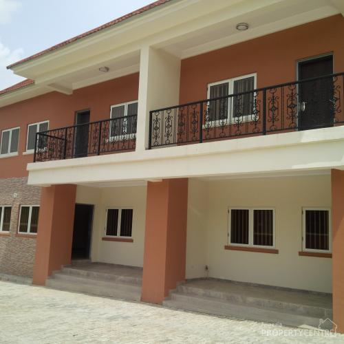 Four Bedroom Houses For Rent: Exquistely Finished 4 Bedrooms Terrace Duplex With Boys