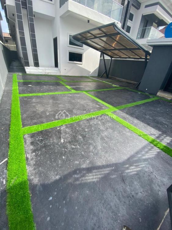 5 Bedrooms Semi Detached Duplex + Bq + Swimming Pool + 2 Living Rooms, Lekki Phase 1, Lekki, Lagos, Semi-detached Duplex for Sale