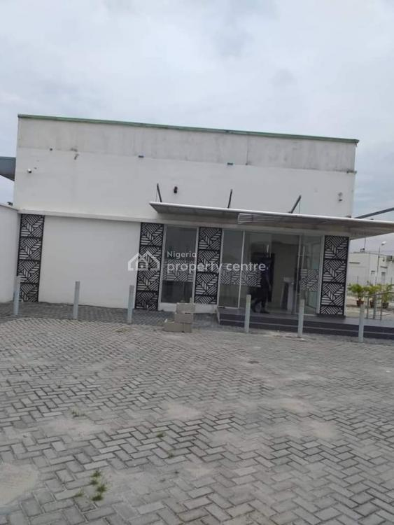 Commercial Space of 5 Bedroom Bungalow By The Roundabout, Admiralty, Lekki Phase 1, Lekki, Lagos, Plaza / Complex / Mall for Rent